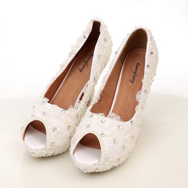 Elegant Ivory Lace Peep Toe Wedding Shoes Beautiful High Heels for Wedding Bride Bridesmaid Shoes Wedding Popular Shoes Woman<br><br>Aliexpress