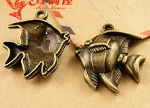 26*22MM Antique Bronze Alloy die-casting manufacturers selling fish pendant jewelry accessories, sea items nautical charms beads(China)
