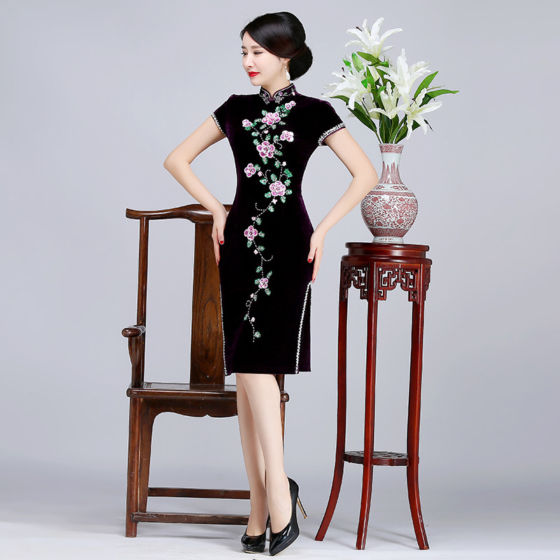 Novelty Lady Short Sleeve Cheongsam Autumn Velvet Mother Dress Elegant Chinese Women Flower Qipao Sexy Vestidos Large Size 4XL