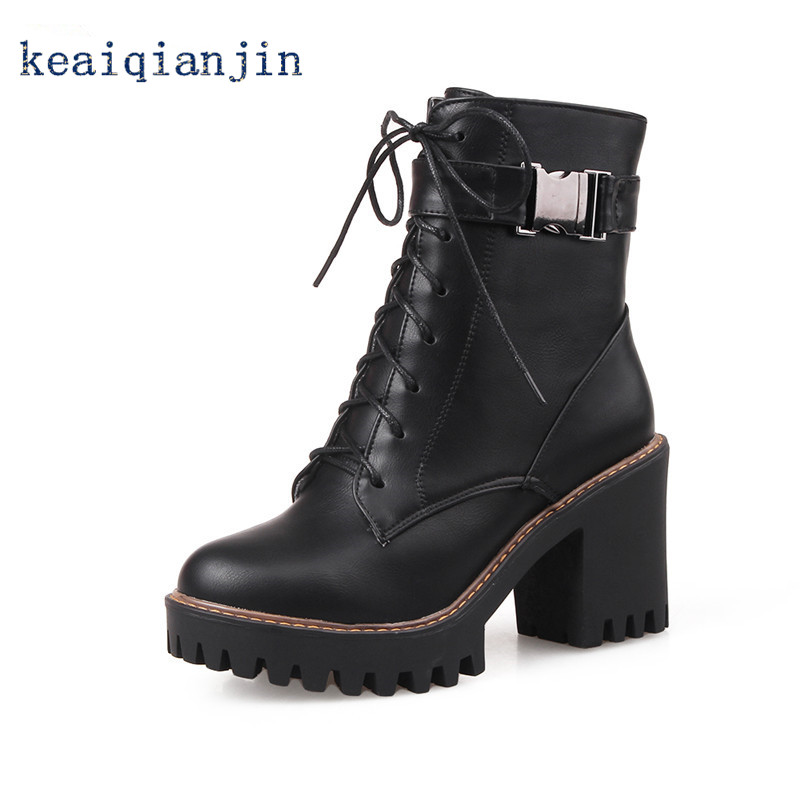 2017 Autumn Winter Lace-Up Square Heel Gothic Boots Black Gray Thick Crust Warm Plush Woman Ankle Boots Buckle Motorcycle Boots<br><br>Aliexpress