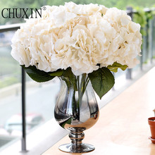 5 Heads artificial Titus hydrangea flower silk flower wedding bouquet high quality decoration flowers with fake leaf(China)