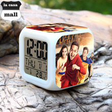 RUNNING MAN China Show saat wekker reveil reloj despertador digital clock led 7 Color Flash desktop alarm clock Free Drop Ship