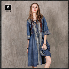 Brand ladies dress 2017 brand autumn new embroidery large size denim dress national wind V collar drawing long section dress(China)