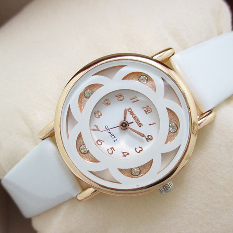 SmileOMG Ladies Watch Fashion Business Watch Women Leisure Models Diamond Bracelet Leather Quartz Watch,Aug 26<br><br>Aliexpress
