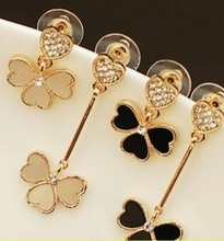 2015 New Personalized Fashion Jewelry Earrings Asymmetric Female Clover Imitation Diamonds Earrings Wholesale Free Shipping