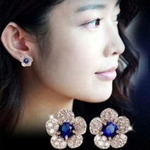The Design Of New Models In Europe And The United States, In White Silver And Blue Crystal Earrings Exquisite Female Wholesale(China)