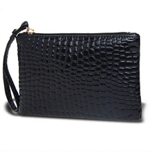 Fashion casual long section of the new Korean patent leather handbag  gift women  Crocodile mini clutches wristlets