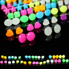 LNRRABC Sale 6 Pairs  Women New Romantic Light In the Dark Noctilucous Luminous Star Heart Round Stud Earrings Jewelry