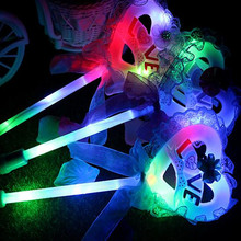 2017 Creative Colorful Bear Flashing Stick Cartoon Glowing Wand Sticks LED light Kids Toys  Party Glow Wand  Halloween