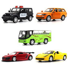 1:64 Alloy car model kids toys Sports car series 5PCS Audi Land Rover Porschi Hummer Bus Children like the gift Decoration