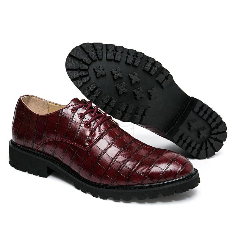 Top Quality Men Casual Shoes Men Microfiber Leather Oxfords Shoes Men Classic Black Wedding Shoes Spring Autumn Male Flats<br><br>Aliexpress