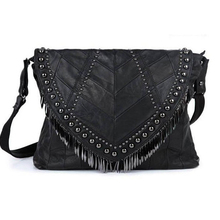 Big Size 33*27Cm Women's Shoulder Crossbody Bags Messeng Bag Brand Rivet Bag Desigu Skull Tassels Bags CR97(China)
