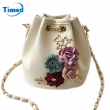 2017 New Design Women Handmade Flowers Bucket Bags Mini Shoulder Bag Chain Drawstring Small Cross Body Bag Fashion Handbags