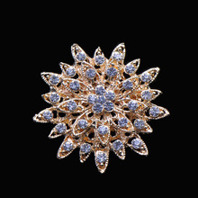 (S0624) 45mm diameter rhinestone brooch ,light rose gold plating, with pin at back