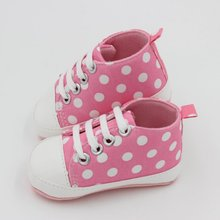 2017 Cute Prewalker Child Baby Shoes First Walkers Sports Dots Print Anti-Slip Sneaker Born Shoes 0-18M For Toddler Girls(China)