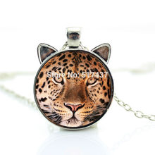 2017 New hot New Leopard Necklace Leopard Pendant Wild Animal Jewelry Glass Photo Cabochon Necklace CN-00750