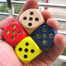 BOHS Seven Colours Wooden Dice 3cm 1pc(China)
