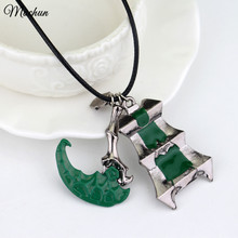 MQCHUN game jewelry Thresh Weapon Necklace Zinc Alloy Bisoprolol League Of Chain Warden Legends Couples Necklace Pendant