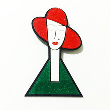 Acrylic Jewelry Red Hat Moder Lady Brooch Icons on The Backpack Badges for Clothing Badge Icon on The Pin Brooch for Women