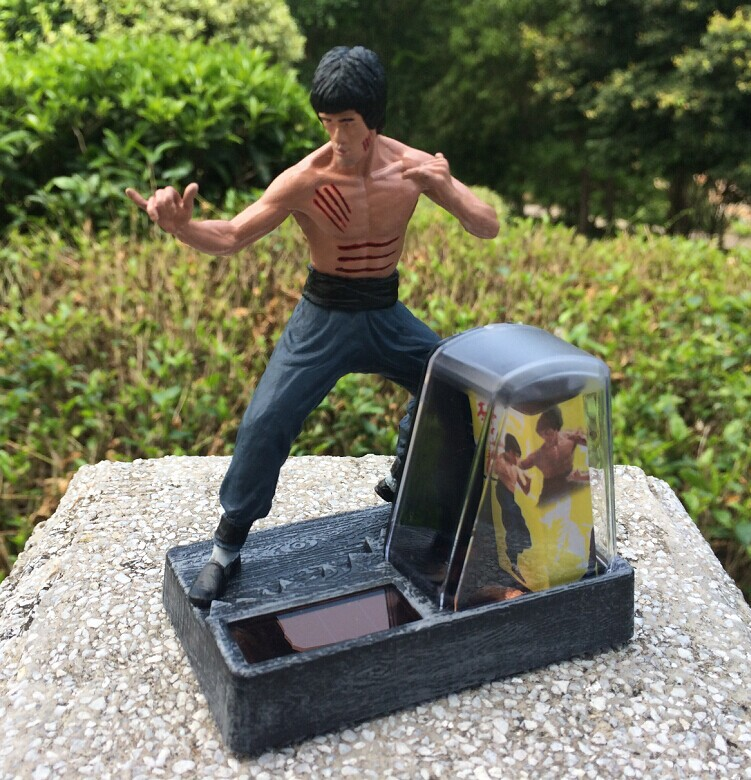 Free Shipping Solar Powered Kung Fu Master Bruce Lee PVC Action Figure Collection Toys SHD-1093<br><br>Aliexpress