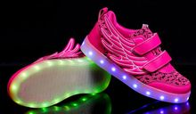 New Wing Kids Sneakers Fashion Luminous Lighted Colorful LED lights Children Shoes Casual Flat Boy girl Shoes Pink Golden(China)