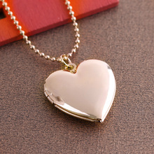 1 Pc Heart Shaped Friend Photo Picture Frame Locket Pendant for Necklace Romantic Fashion Jewelry Nice Gift(China)