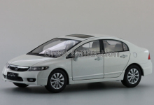 1:18 White 2009 Honda Civic 8 Diecast Model Car Miniature Toys