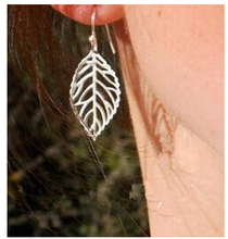 ED467 European and American trade fashion simple hollow leaves forest-based metal earring wholesale
