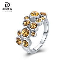 Derly Women Elegant Jewelry Ring With Rhinestone Geometric Gorgeous Fashion Engagement Rings Retail