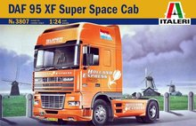 New 1/24 Italeri Dutch DAF 95XF Super Space Cab Semi Truck Model Kit 3807(China)