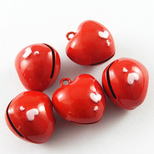 5pcs/pack Jingle Bells Red Heart Crafts Necklace Pendant Charms Christmas Phone Pet Home Decor Baby Jewelry Gift 22*20mm 51923(China)