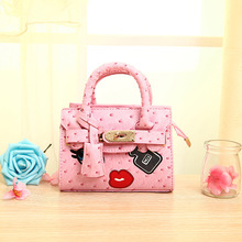 2016 Children Ostrich Veins Messenger Bags Perfume Appliques Princess PU Party Bags Girls Handbags Shoulder Shell bags for girls(China)