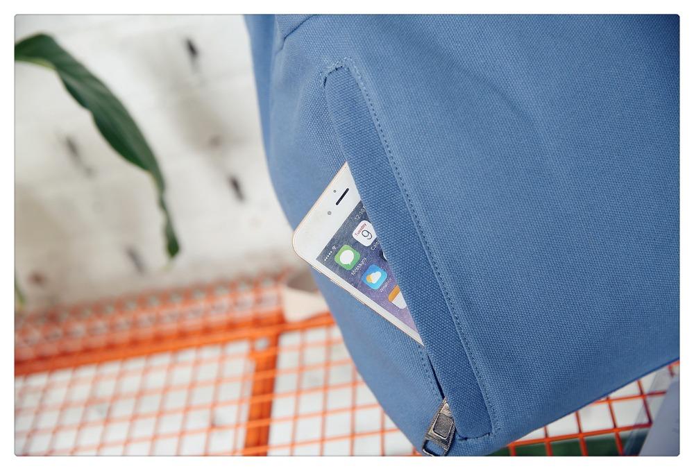 Details Front Zipper Pocket