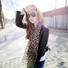 1pcs Long Leopard Print Scarves Emulation Silk Scarf Shawl To Keep Warm For Fashion Sexy Women Summer Style