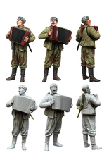 1 35 scale resin figures kits soviet soldier at rest(China)