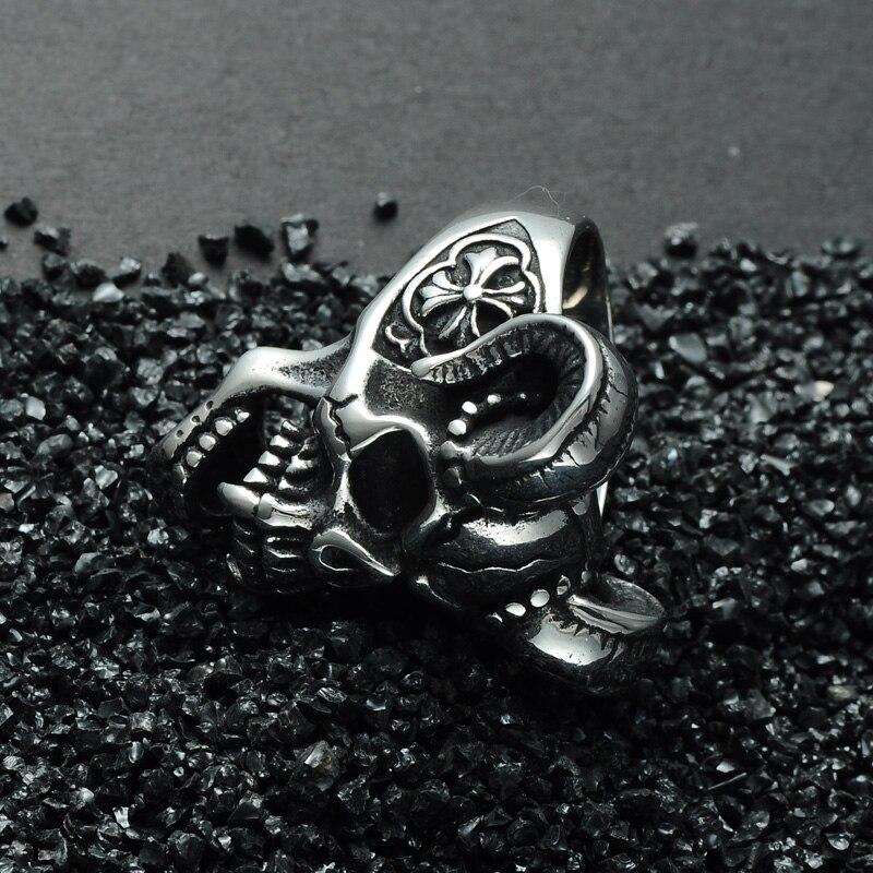 แหวนโคตรเท่ห์ 002 แหวนกะโหลกราชาแวมไพร์ 4