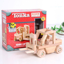 60+Pcs Screw & Wood Tanker Truck Model Kit With Working Wheels With Instructions Puzzle Educational Learning Toys For Children