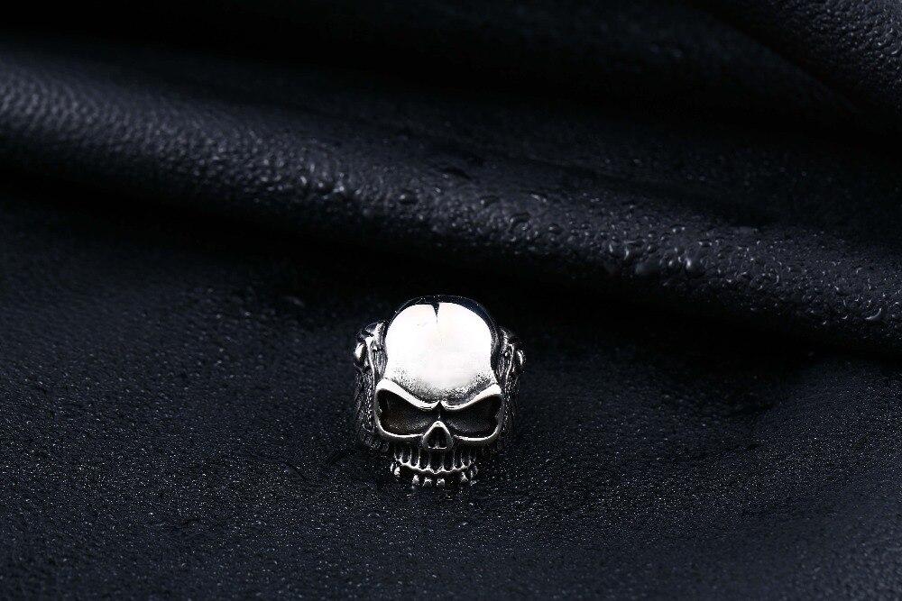 แหวนโคตรเท่ห์ Code 031 แหวนSkull wing สแตนเลส13