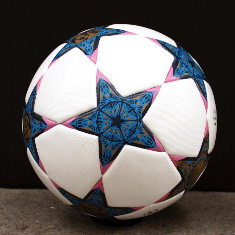 كرة قدم  7 ألوان 44