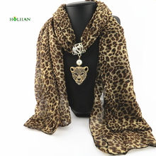 Top Sale Sexy Animal Luxury Bohemia Scraf Necklaces Pendants Pearl Leopard Head Crystal Gold-color Women bijoux Femme Polyester