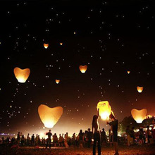 5Pcs/set Love Heart Sky Lantern Flying Wishing Lamp Hot Air Balloon Kongming Lantern Party Favors 90CM For Birthday Party white