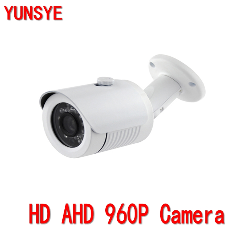 Plug and Play1.3Megapixel AHD Camera 960P 1/3 CMOS Image Sensor IMX0130 500meters transmission distance HD Analog CCTV Security<br>