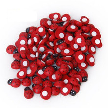 50Pcs Red Painted Wood Ladybug Craft Ornament for Scrapbooking 11*9mm 7NK07(China)