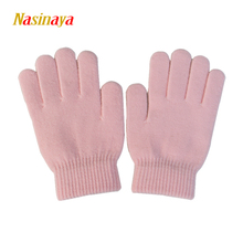 10 Solid Colors Magic Children Wrist Gloves Figure Skating Ice Training Gloves Warm Fleece Thermal Safety Child Adult Pure(China)