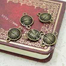 Sweet Bell 60pcs/lot Vintage Bronze Round Charms Connectors 13*20mm Hole: 2 mm Handmade Diy Jewellery Making D0222(China)