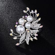 High quality elegant imitation pearl flash Rhestonine large flower brooch scarf buckle wedding accessories fashion women's jewel