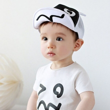 Cartoon Mesh Hats for Baby Cute Black and White Ears Design Baby Cap Newborn Photography Props 46-50cm Hot Sale
