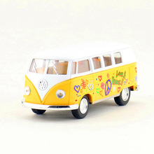 Free Shipping/KiNSMART Toy/Diecast Model/1:32 Scale/1962 Volkswagen Classical Bus/Pull Back Car/Collection/Gift For Children(China)