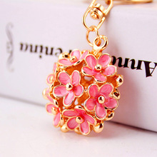 Dalaful Chic Hollow Out Flower Metal Key Chains Rings Exquisite Purse Bag Buckle Pendant For Car Keyrings KeyChains K296