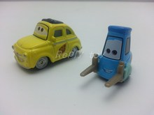 Pixar Cars 2  Luigi & Guido Metal Diecast Toy Car 1:55 Loose Brand New In Stock & Free Shipping